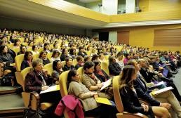 Bildungsinitiative Rumänien: voller Konferenzsaal